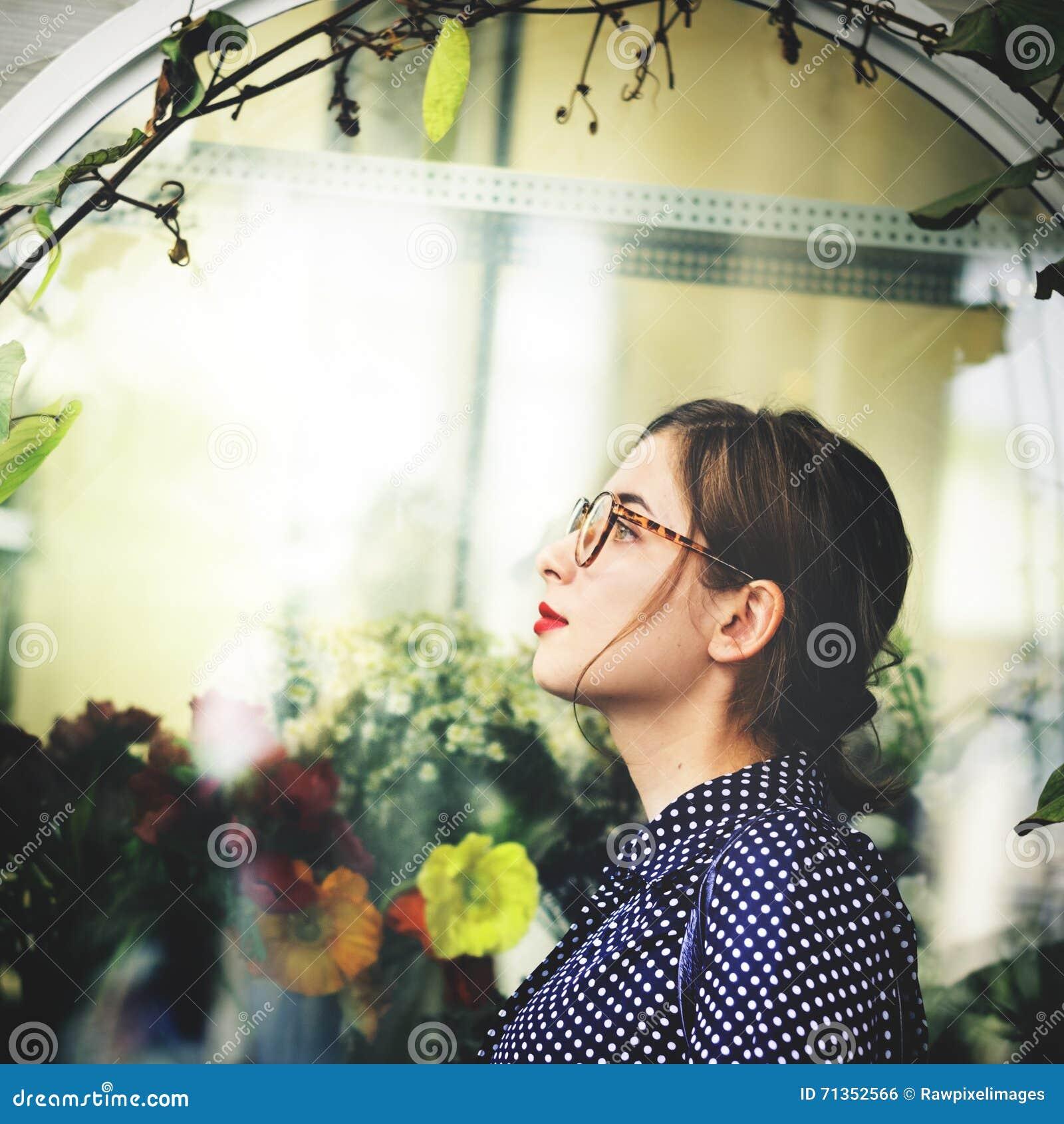Азиатская женская ультрамодная стильная красивая концепция