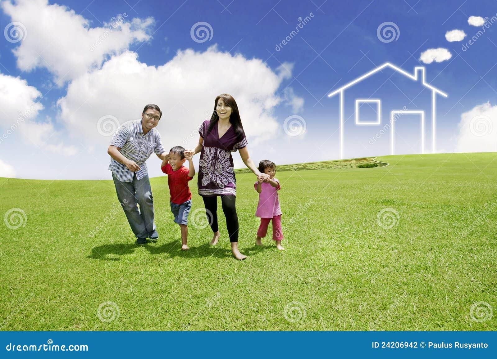 азиатские нарисованные детеныши дома поля семьи