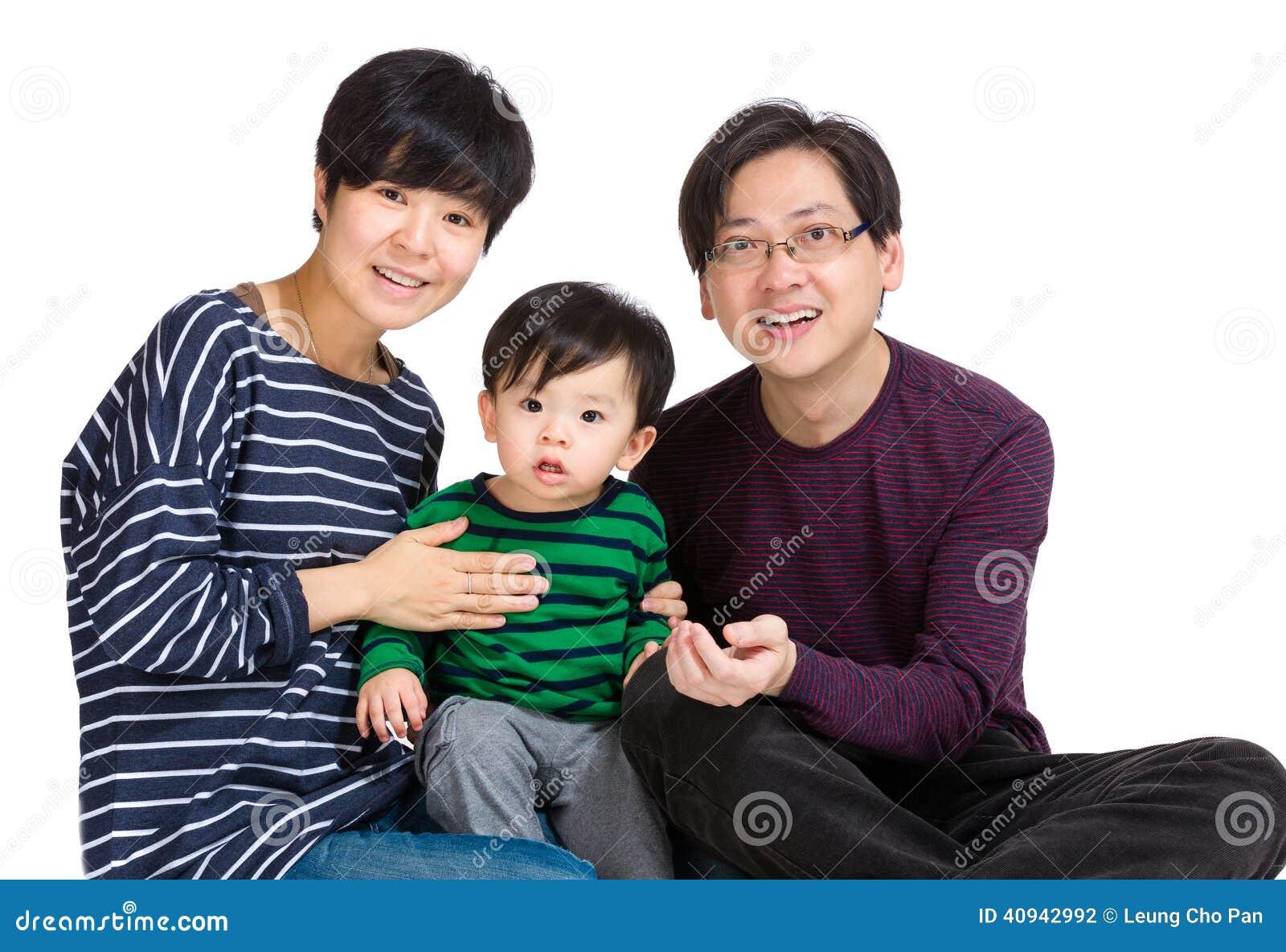 азиатский портрет семьи