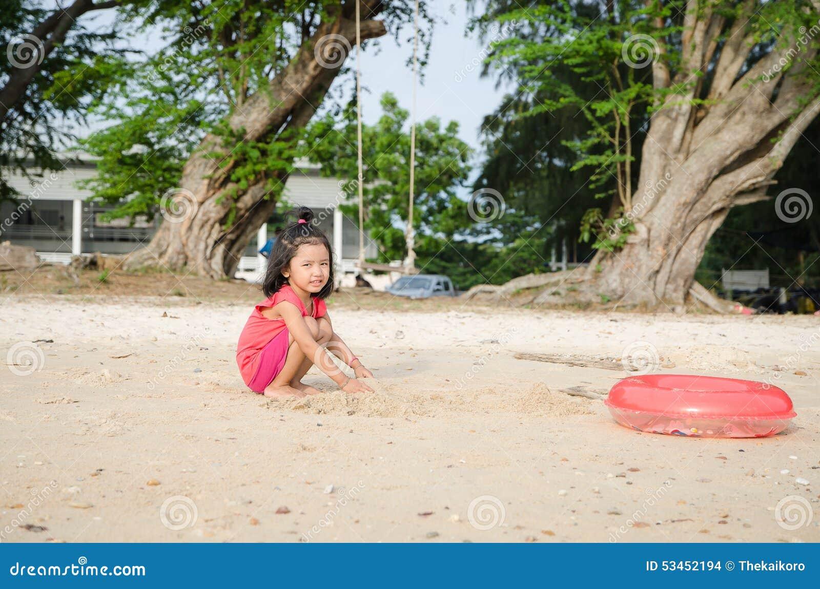 Тайская девушка пляж — photo 10
