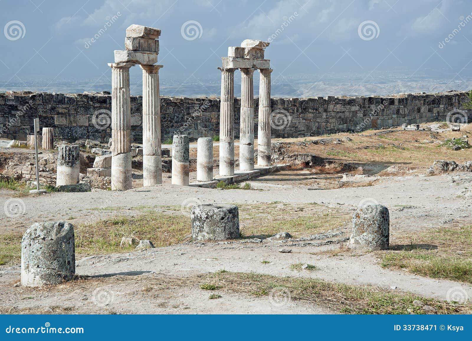 Акрополь Hierapolis в Pamukkale, Турции