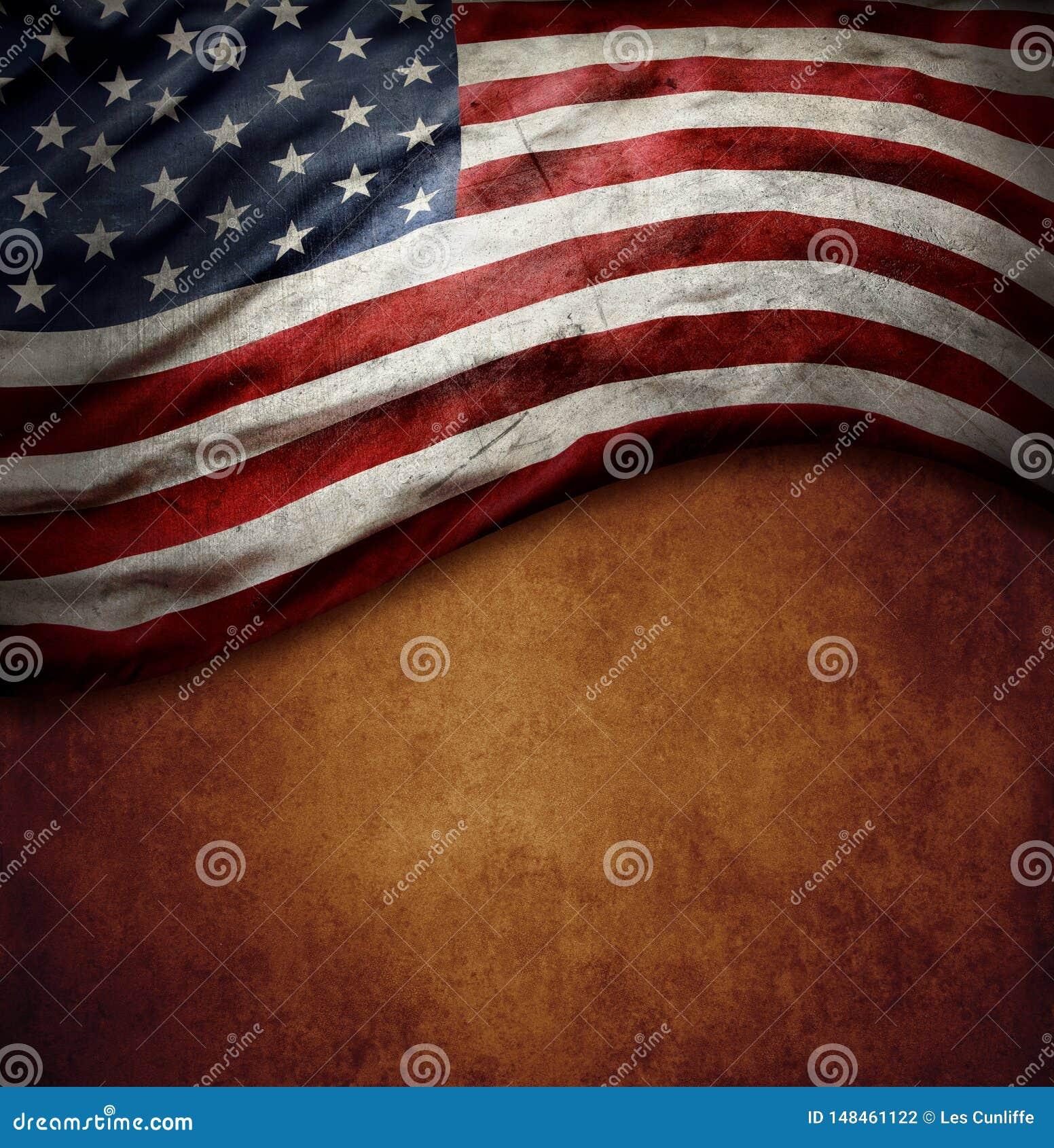 Американский флаг на коричневом цвете