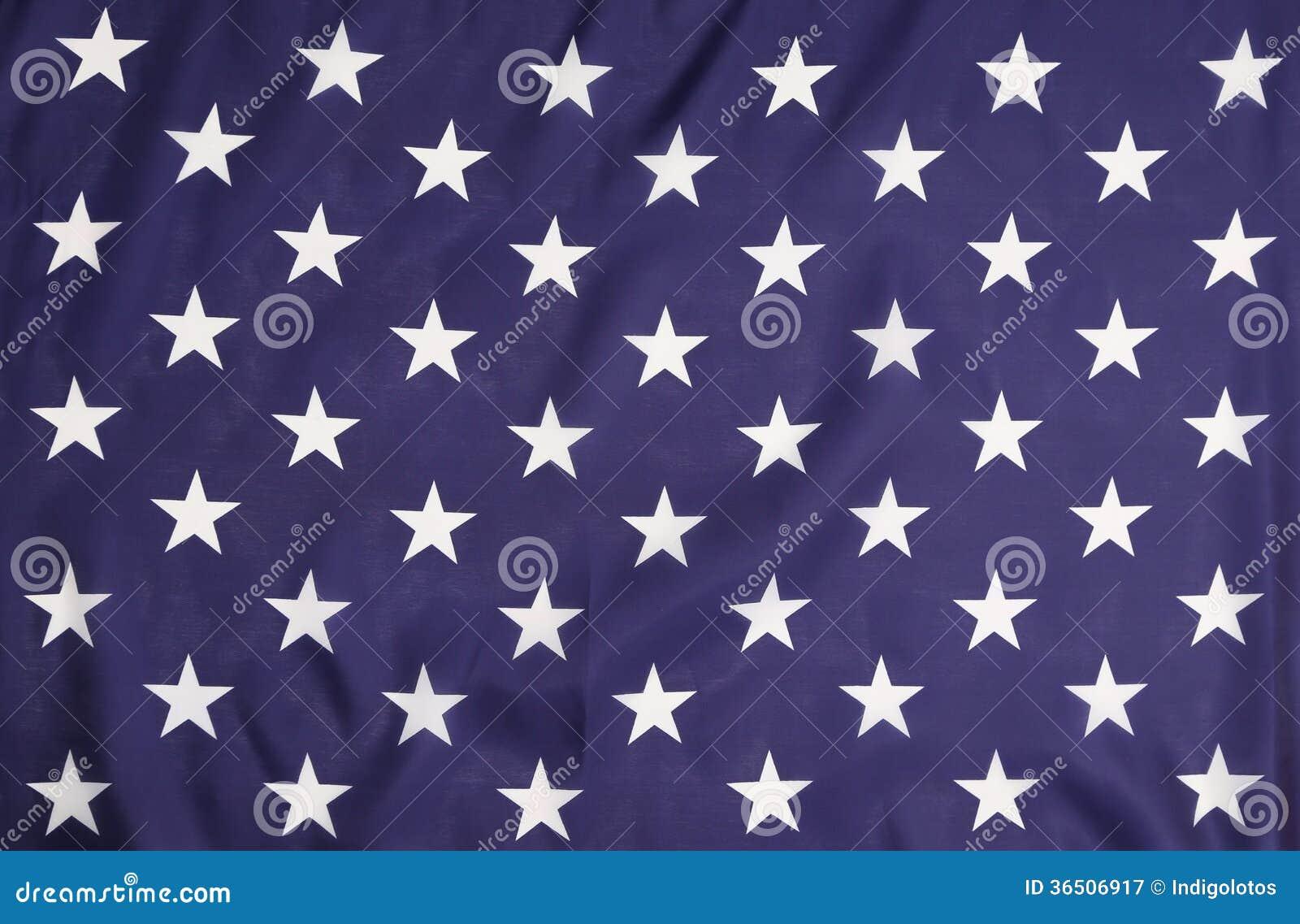 Американский флаг с белыми звездами.