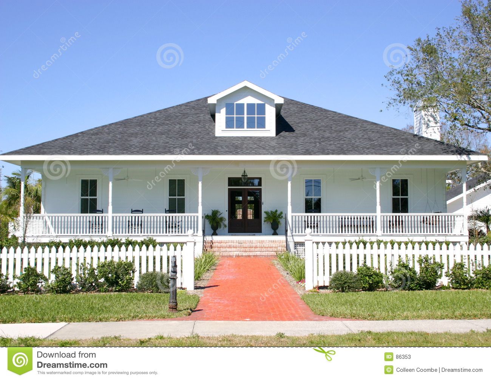 Сельский дом дизайн фото