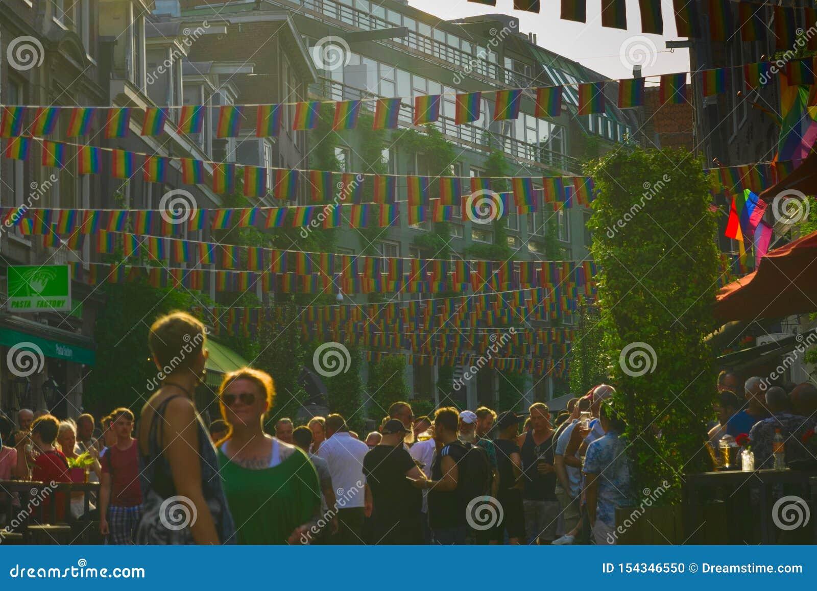 26-07-2019 Амстердам Нидерланд Амстердам подготавливают на гей-парад 2019