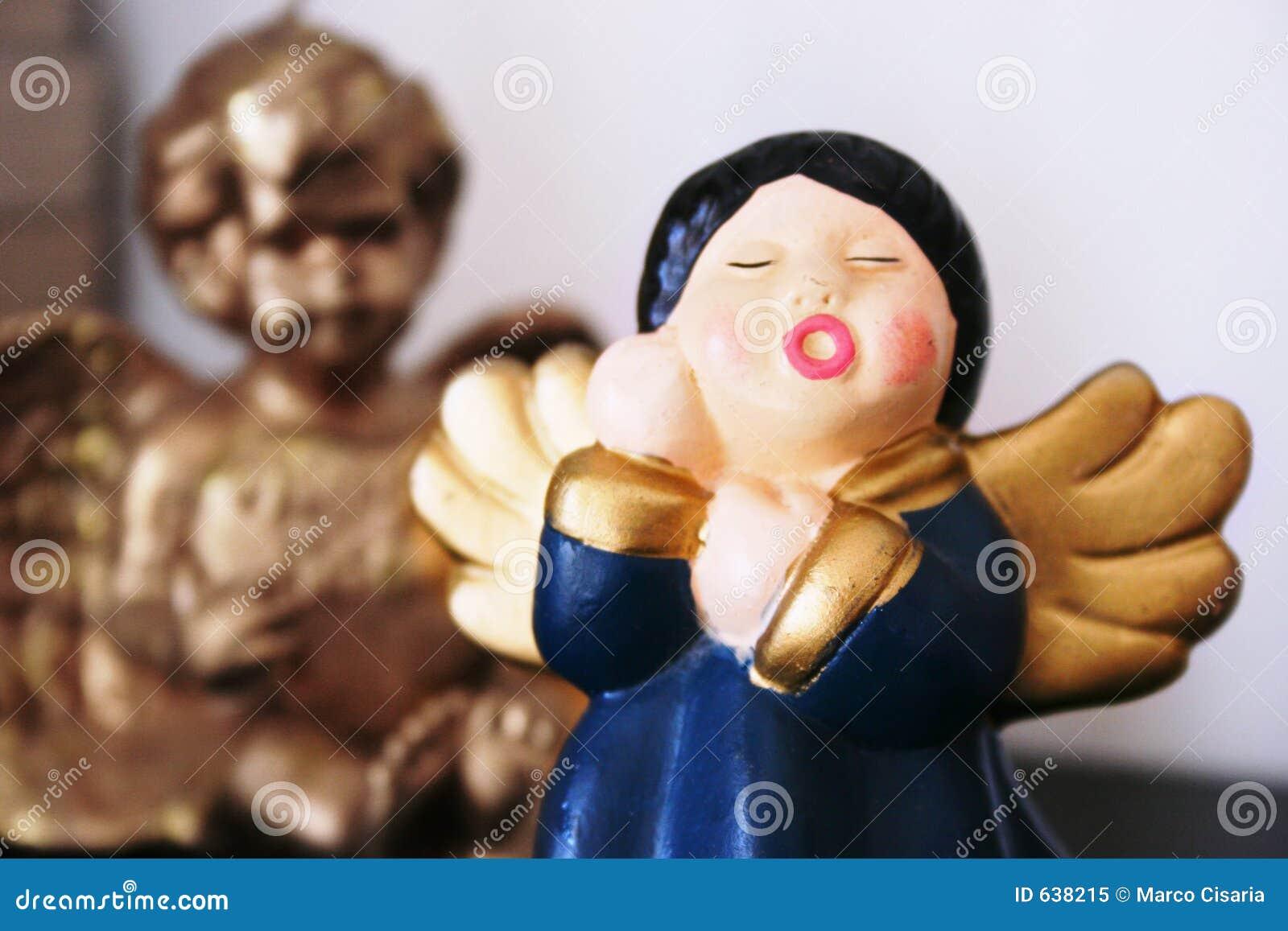 Download ангелы стоковое изображение. изображение насчитывающей день - 638215