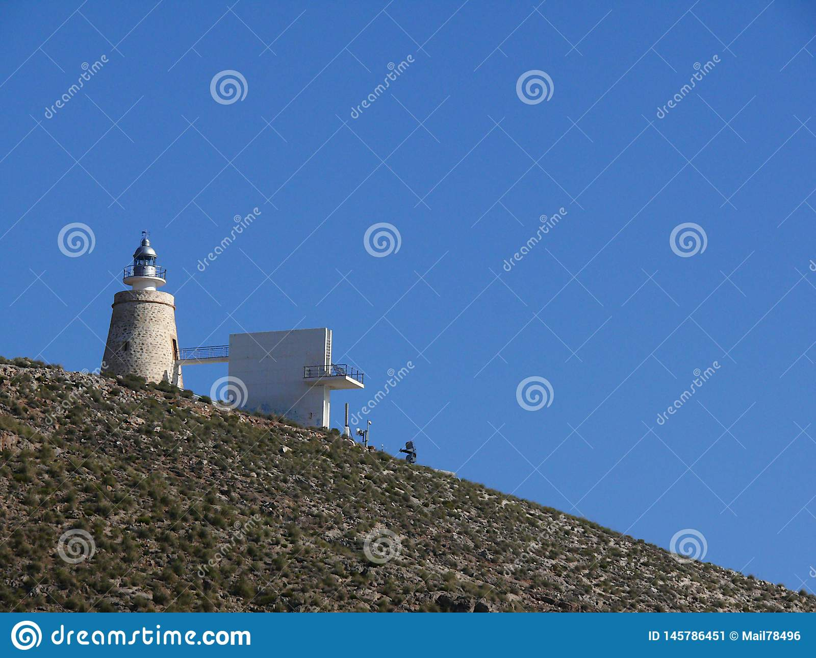Андалусия, Испания 12/31/2006 Старый маяк на холмах