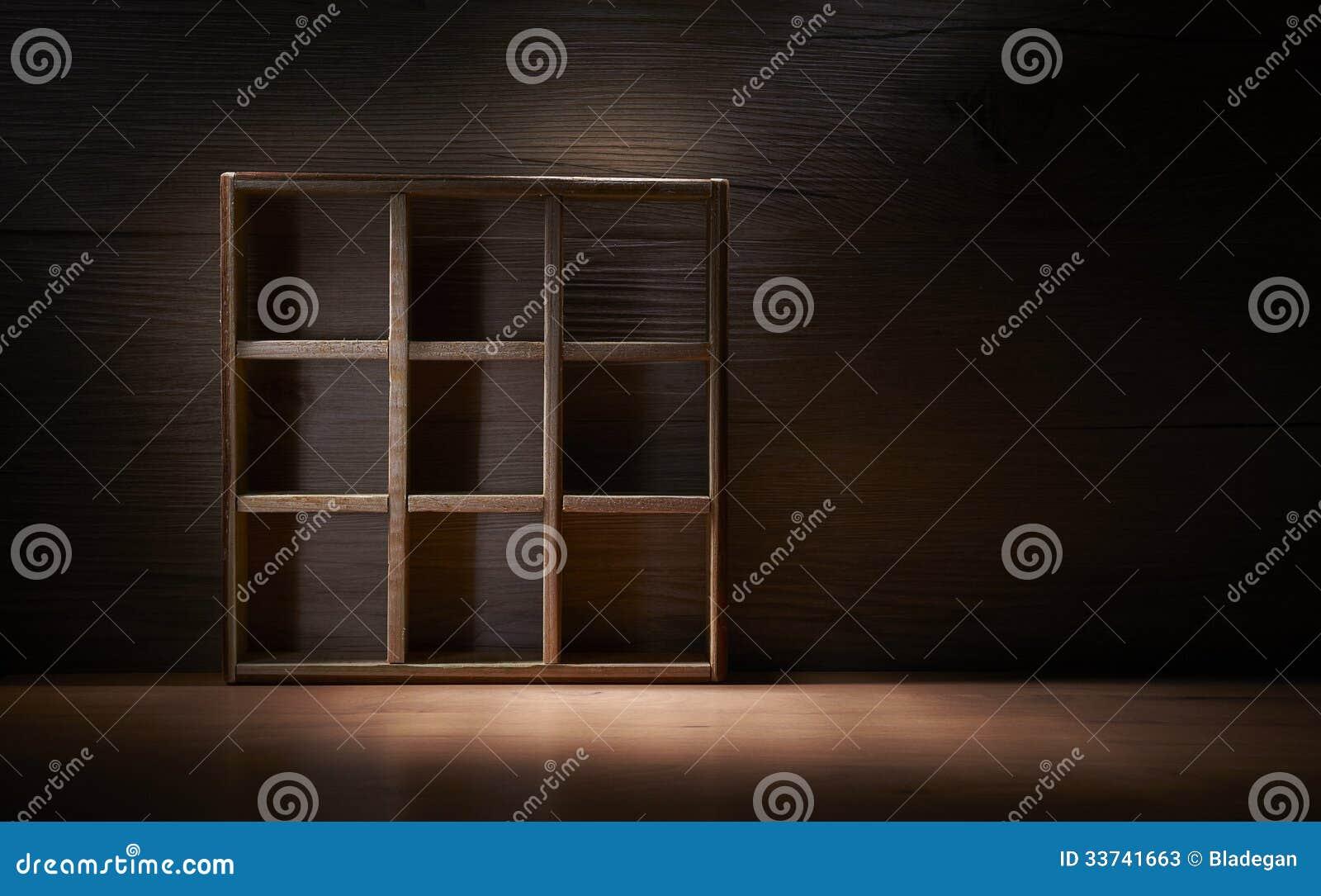 Античная деревянная коробка