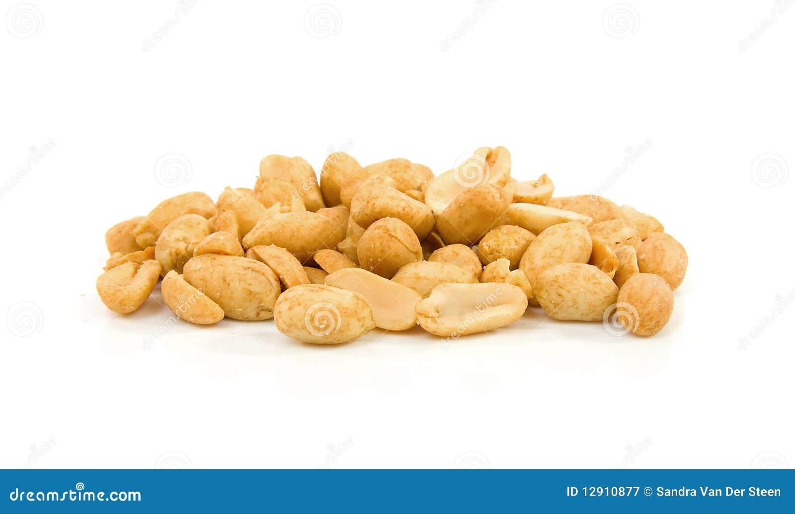 арахисы складывают посолено