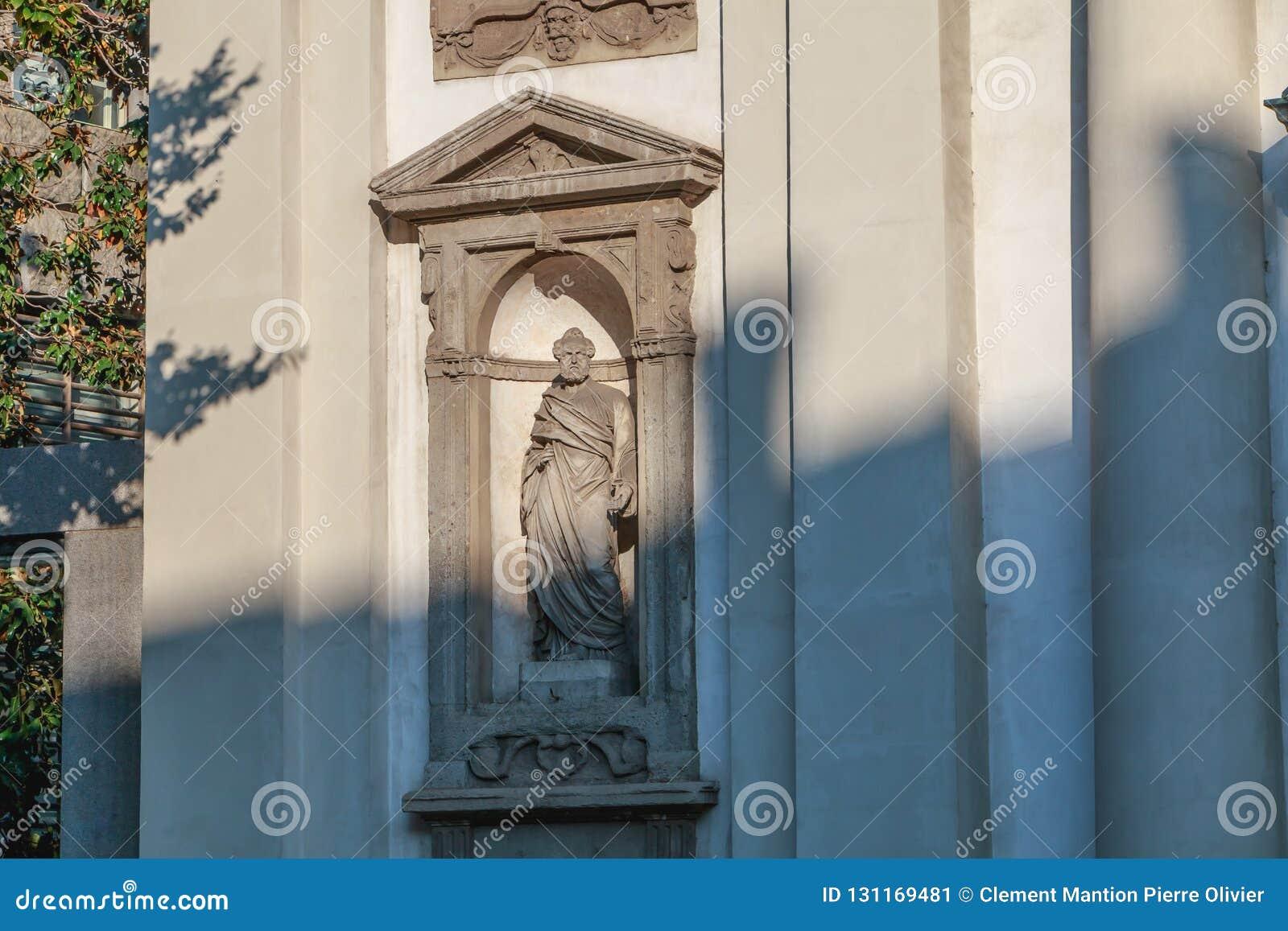 Архитектурноакустическая деталь римско-католического барочного Сан Giuseppe