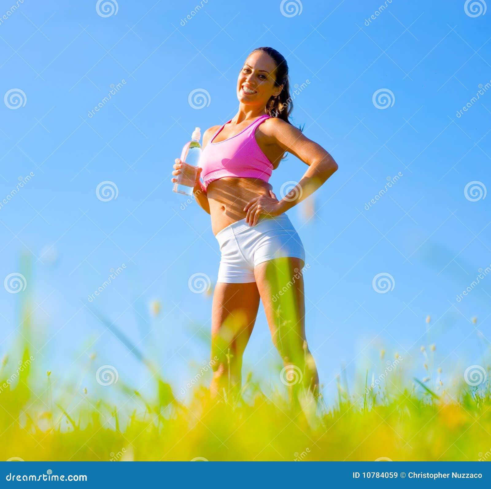атлетическая работая женщина