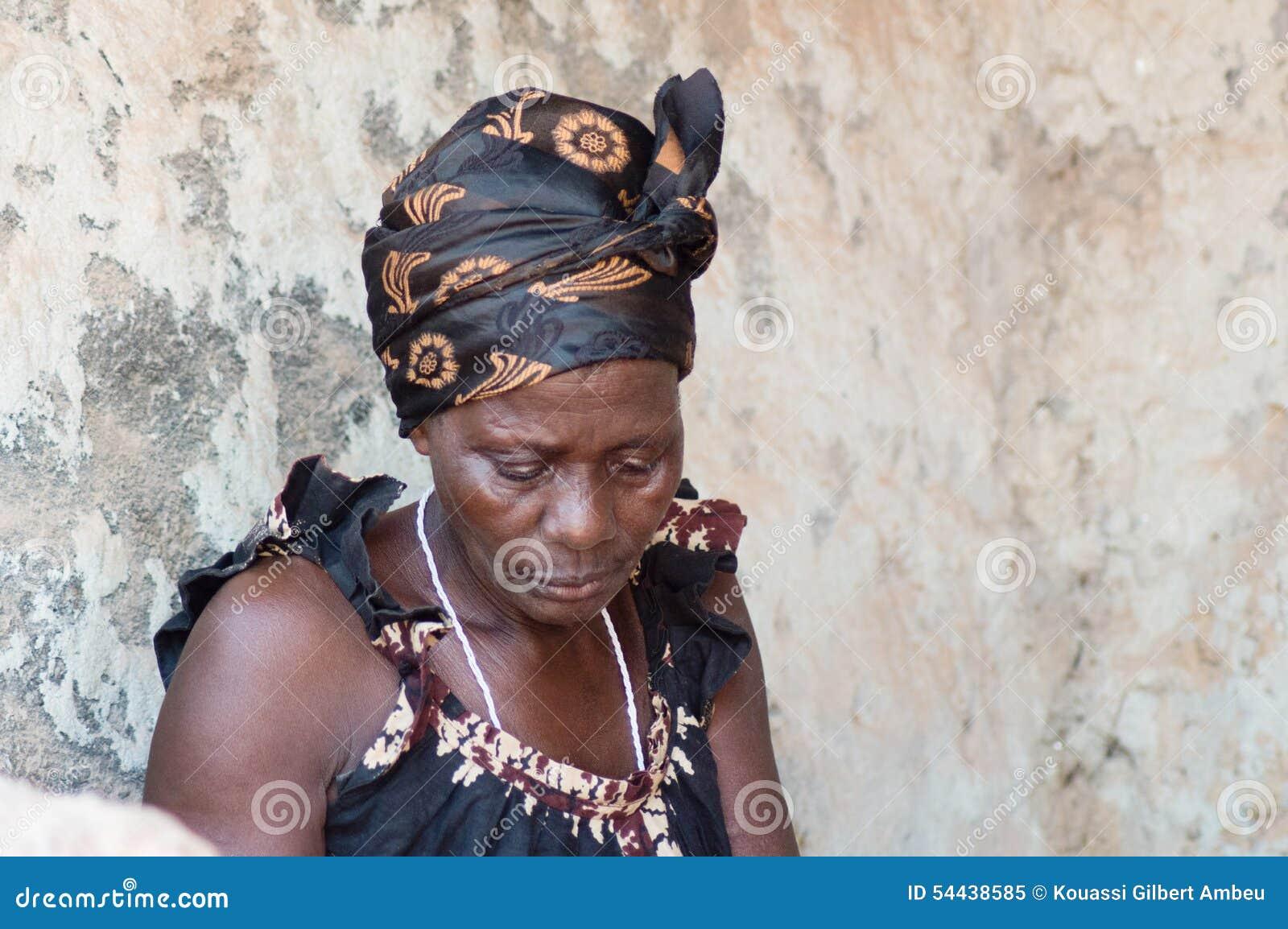 Африканские женщины в деревне