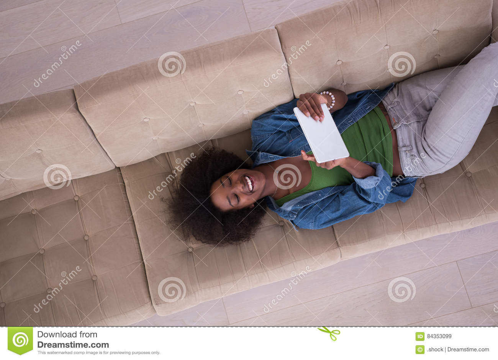 Фото женщина с верху дома фото 765-921