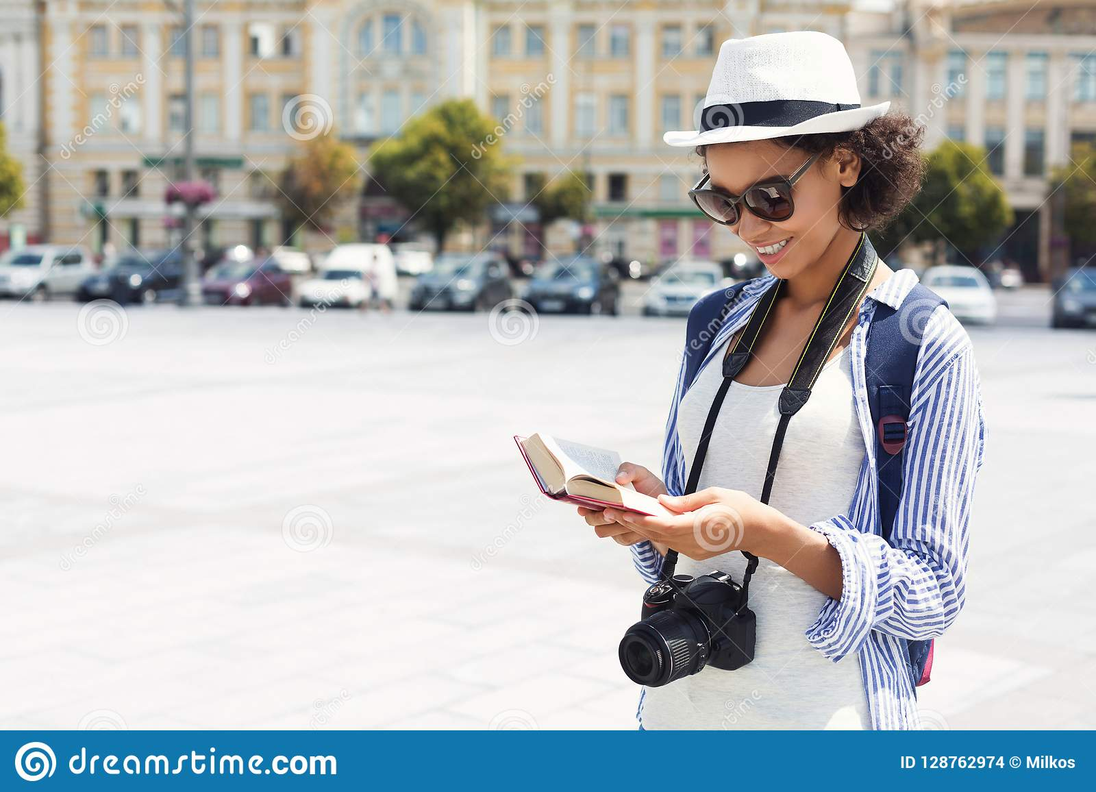 Афро-американский туристский путеводитель чтения в городе