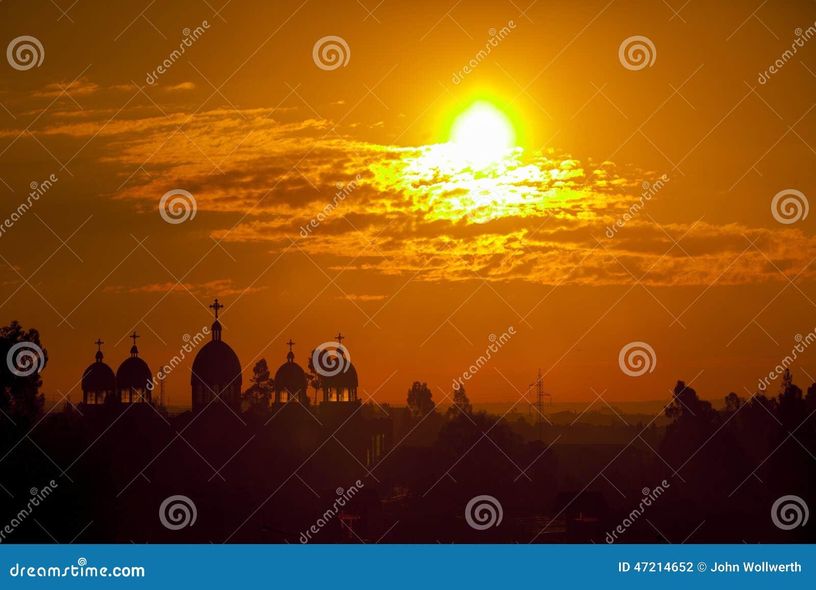 Аддис-Абеба на восходе солнца