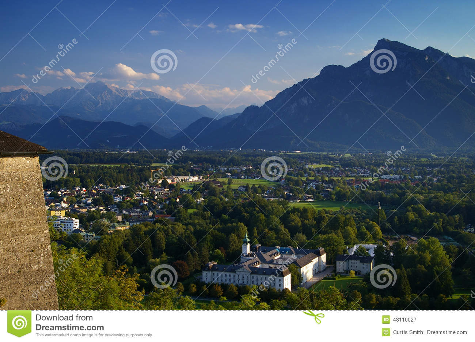 Альпы, крепость и Зальцбург Австрия