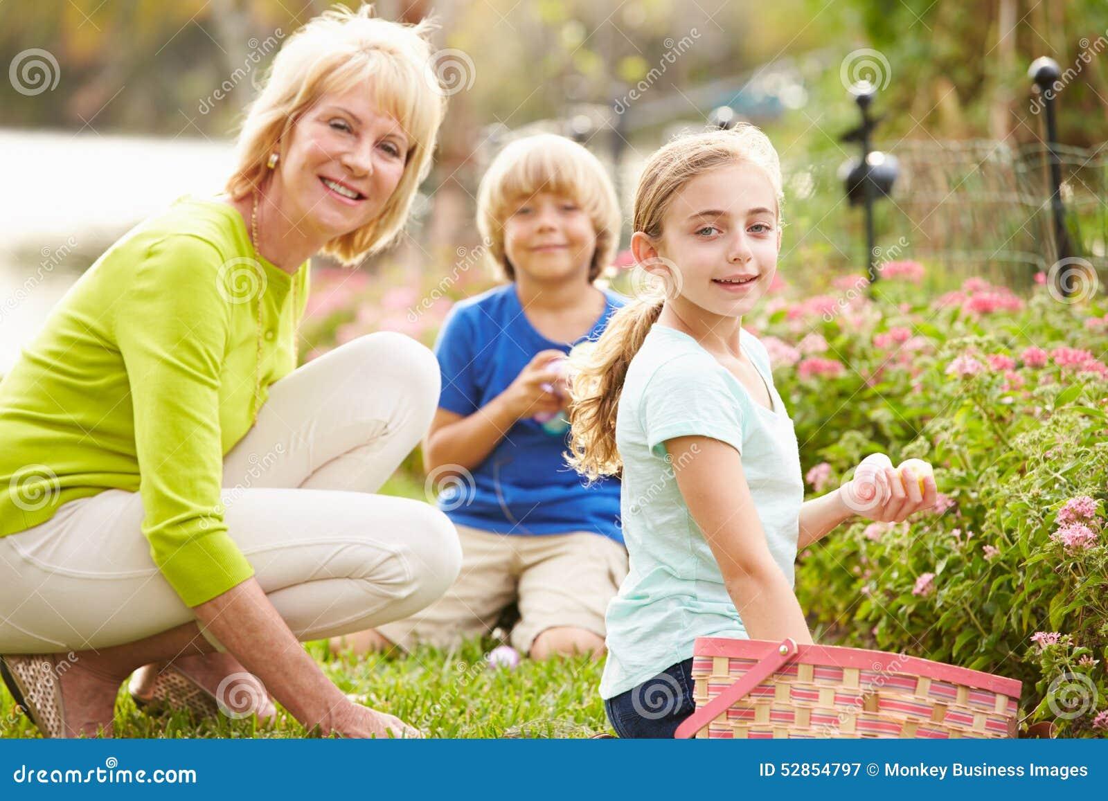 Бабушка со внуками смотреть бесплатно фото 17-207