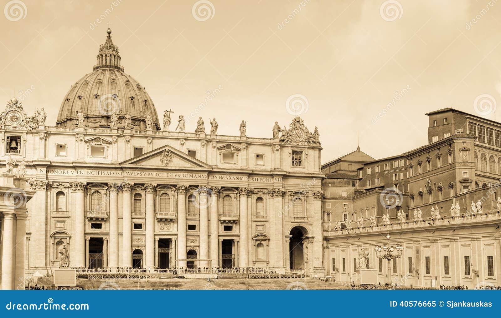 Базилика St Peters, Ватикан, постаретое фото