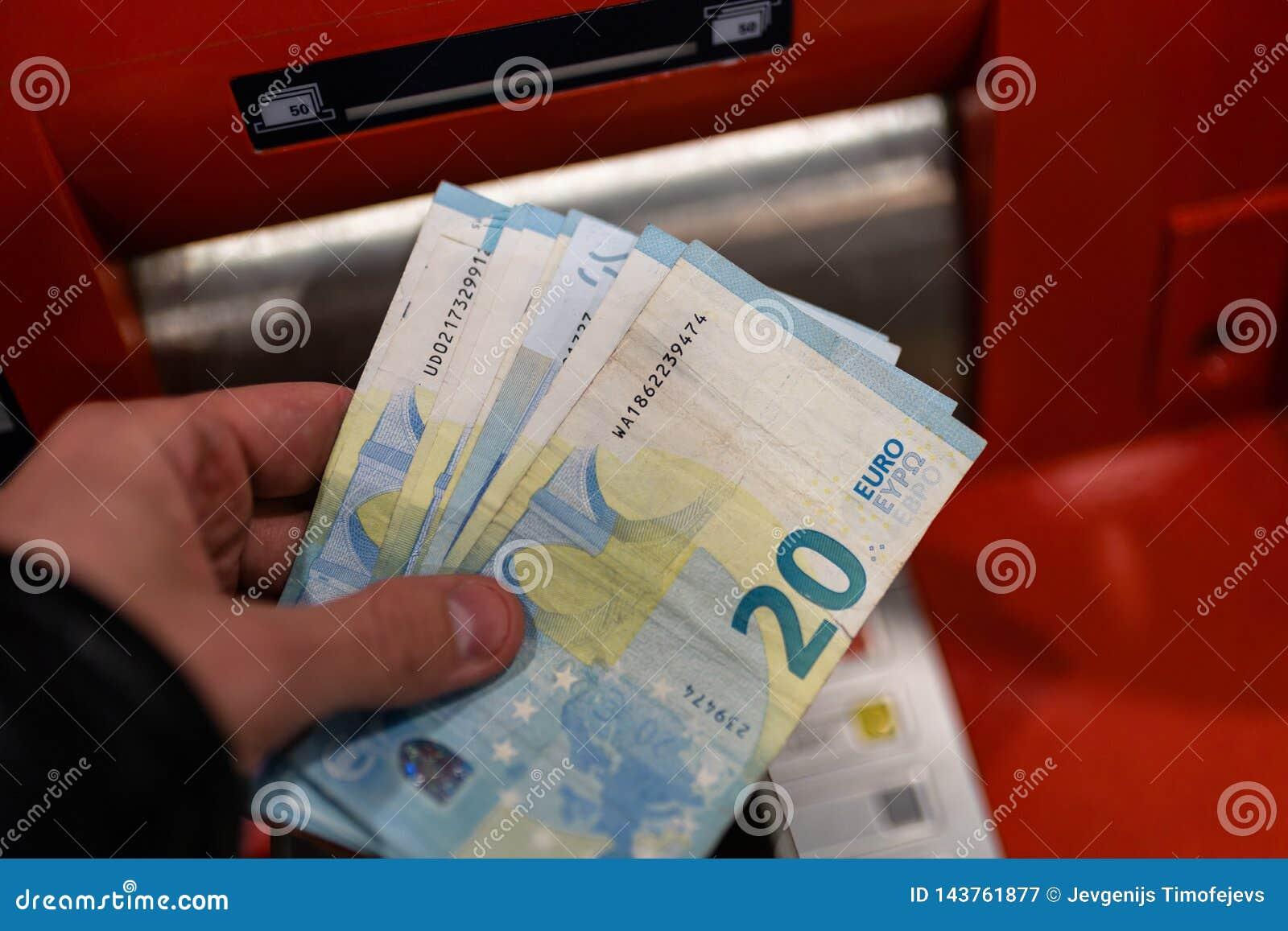 Можно ли взять кредит в сбербанк онлайн