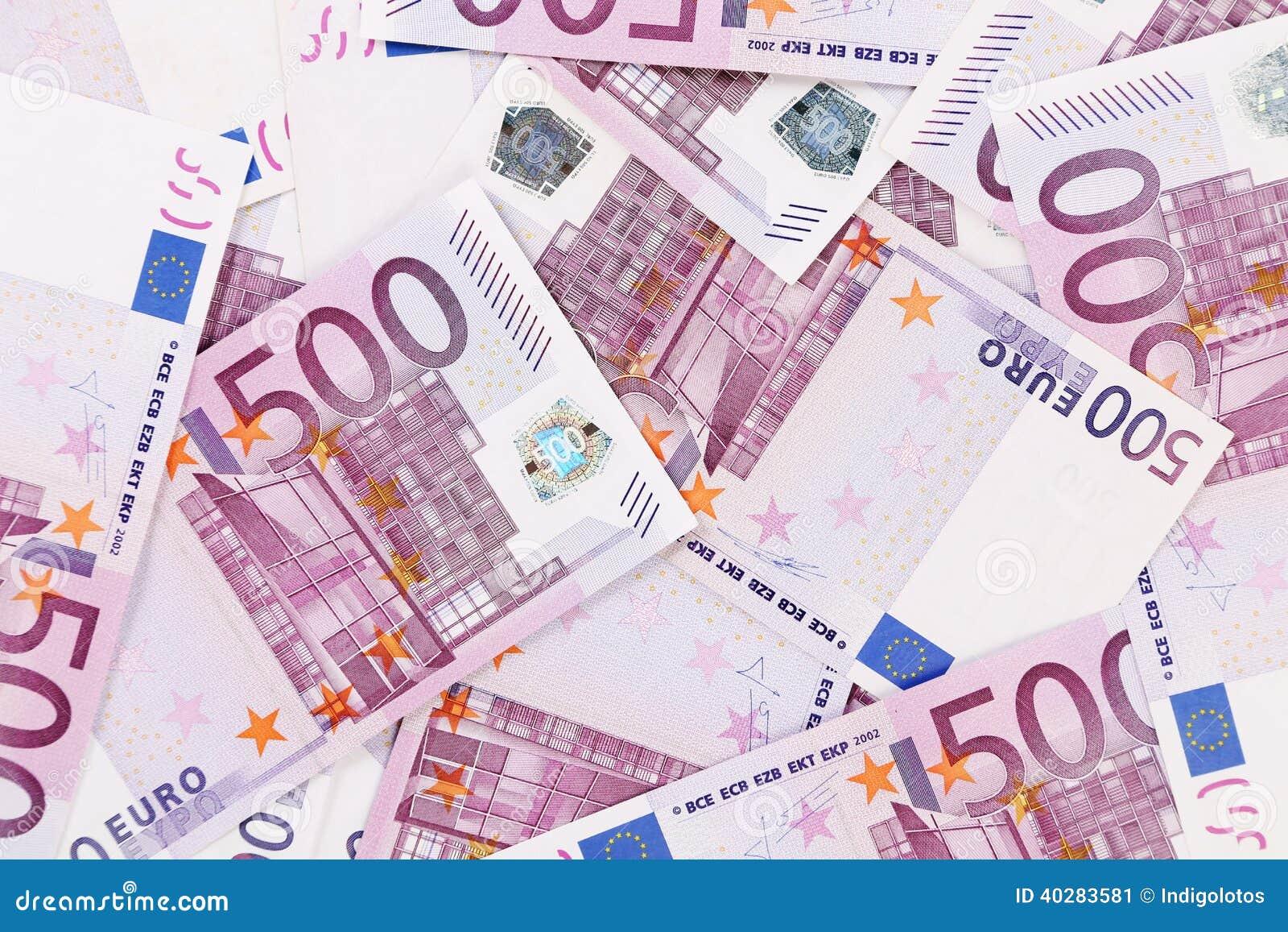 5 банкнот евро сотен