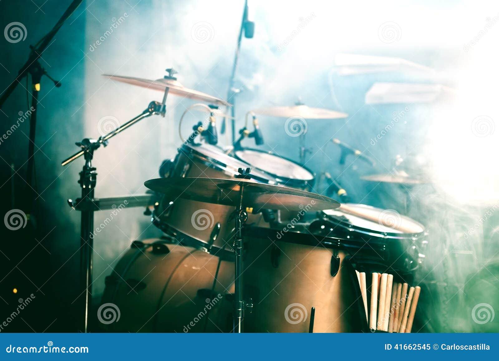 Барабанчик на этапе