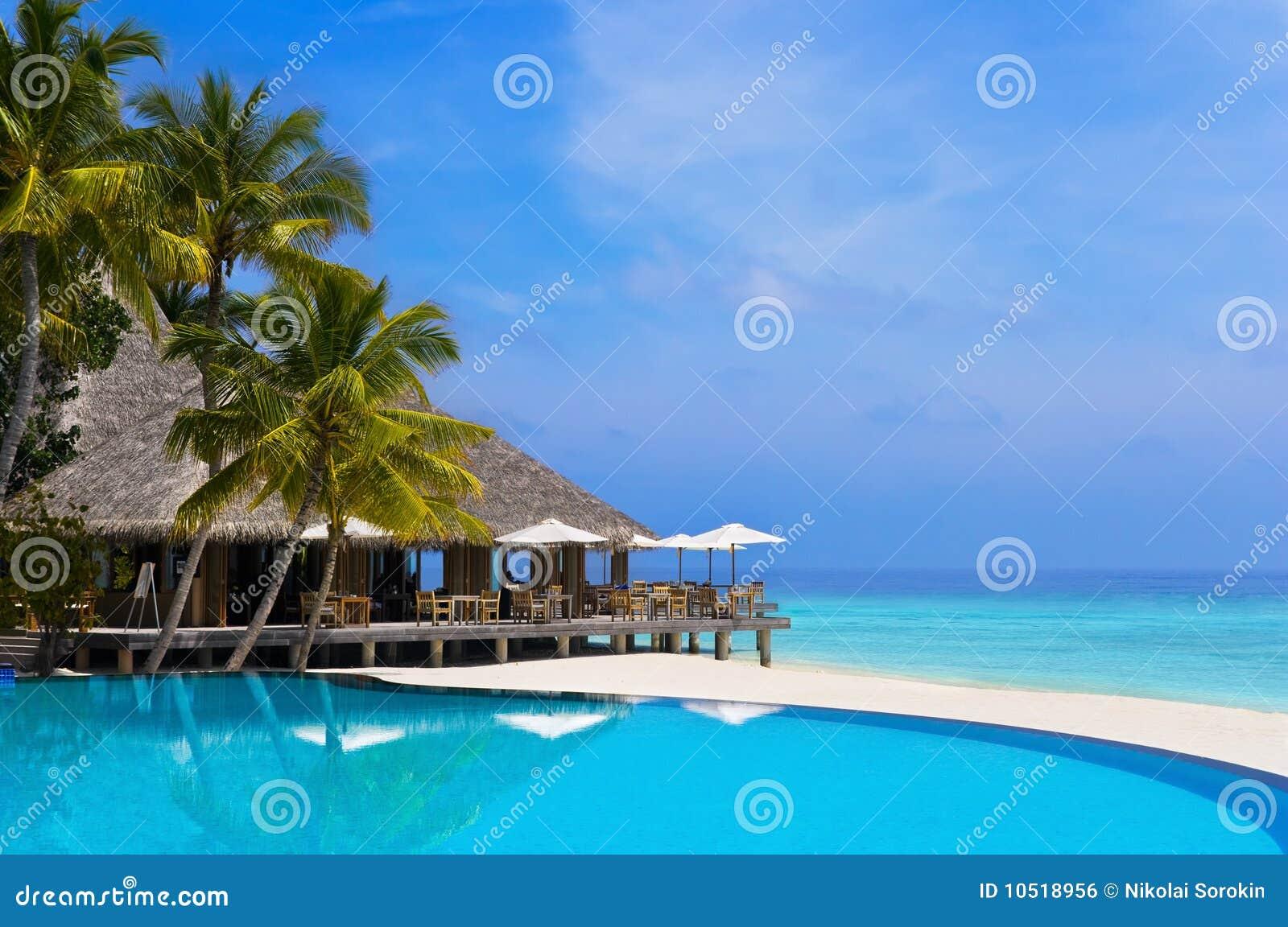 бассеин кафа пляжа тропический