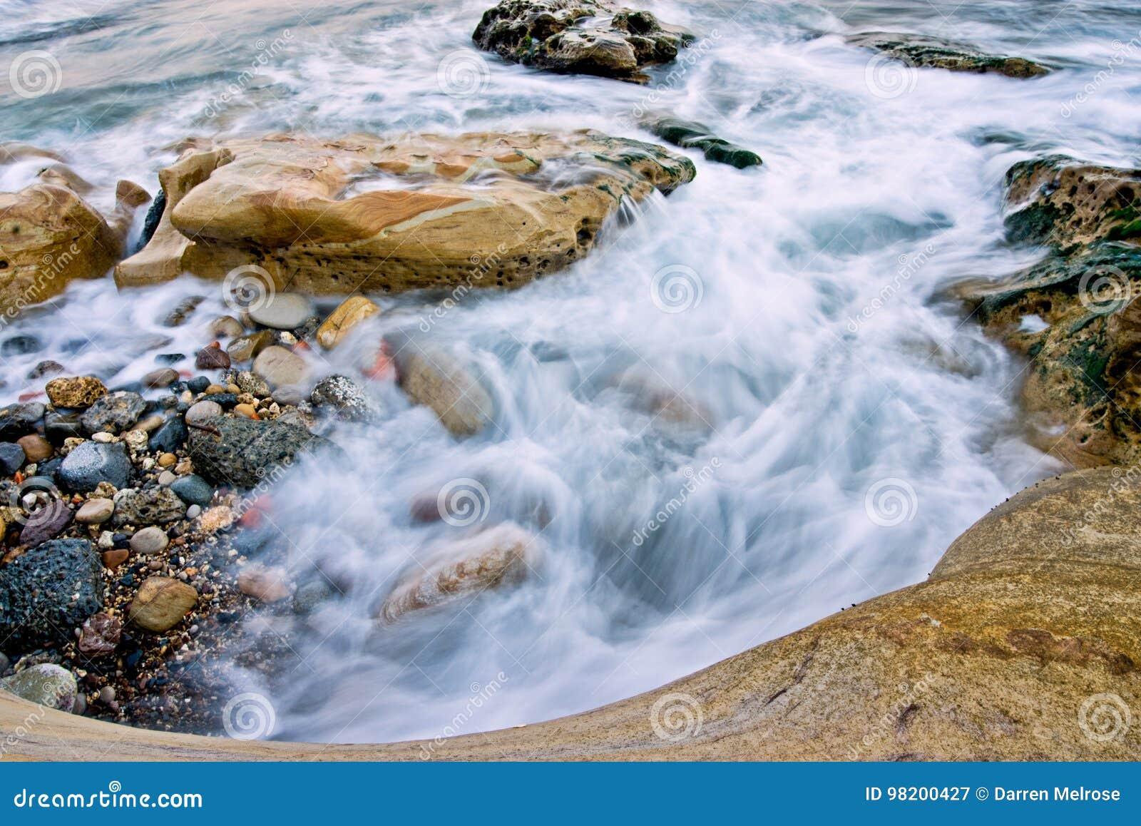 Download Бассейн 2 Yehliu приливный стоковое изображение. изображение насчитывающей seascape - 98200427