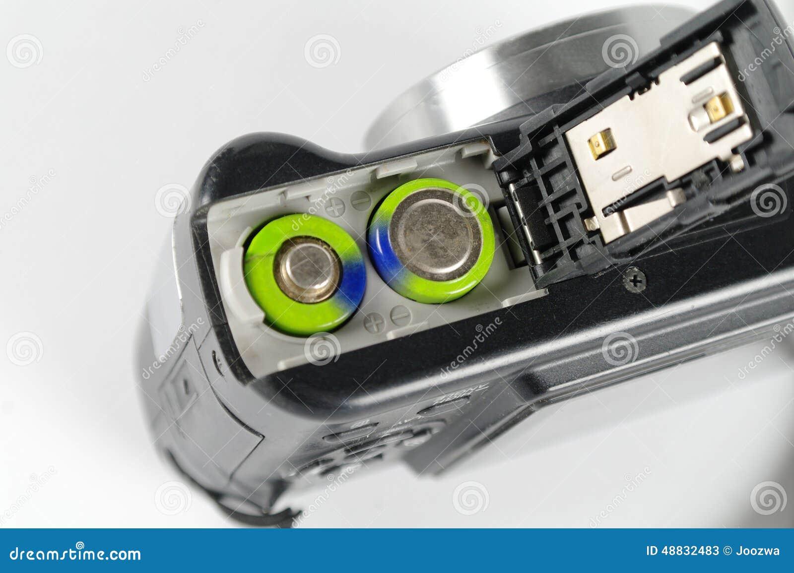 Батареи в цифровой фотокамера