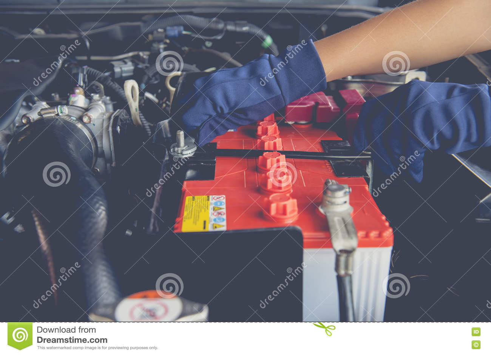 Батарея автомобиля