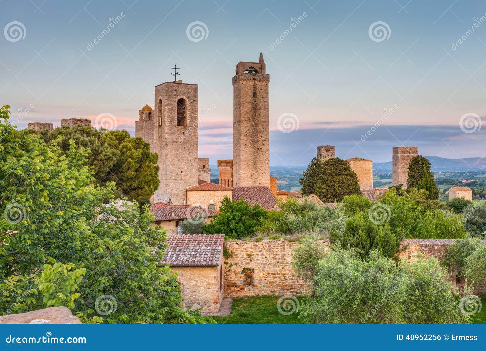 Башни San Gimignano, Тосканы, Италии