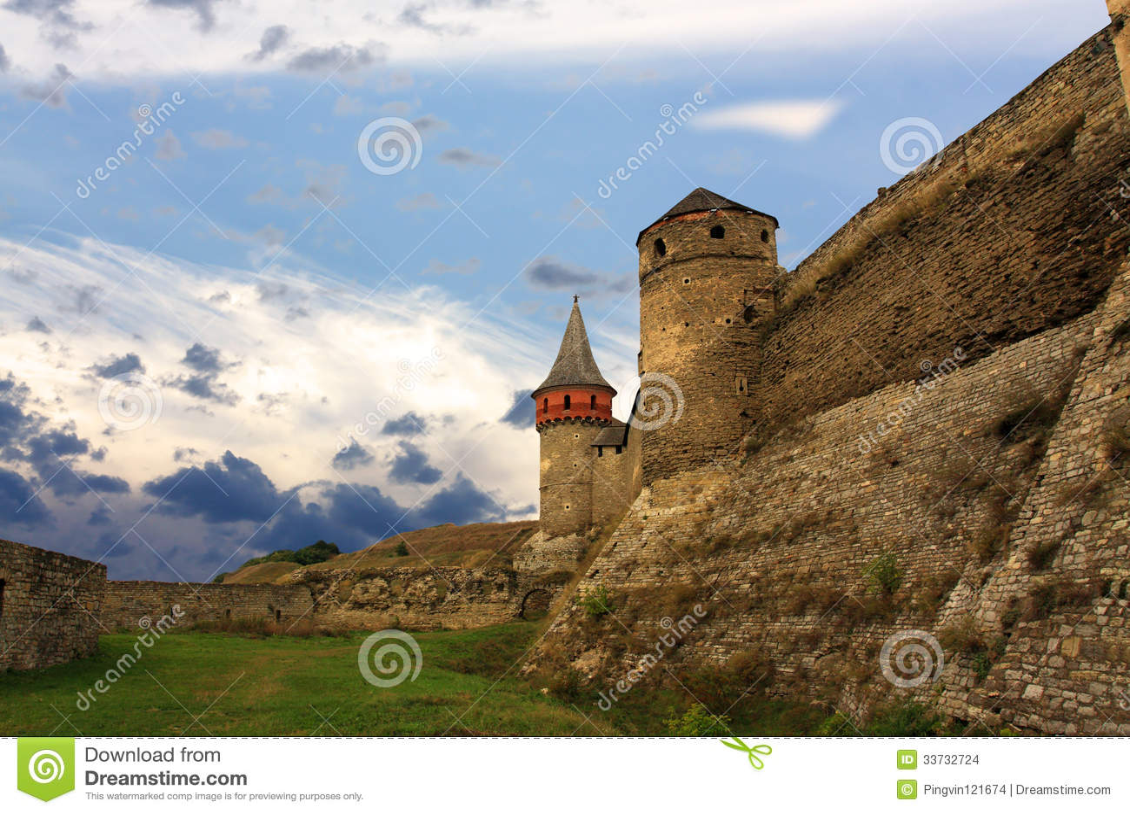 Башня стены и крепости цитадели старого бастиона