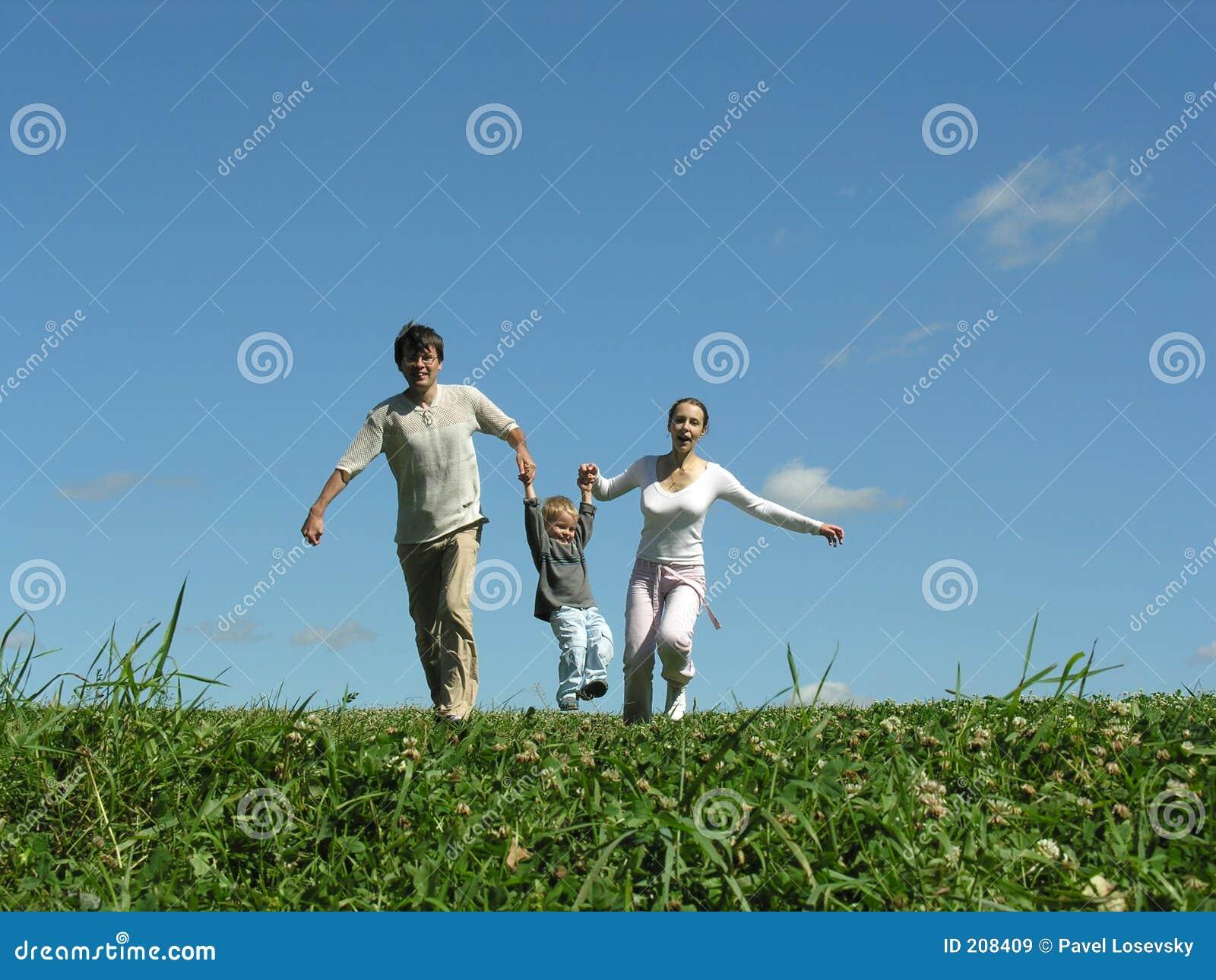 бежать семьи дня солнечный