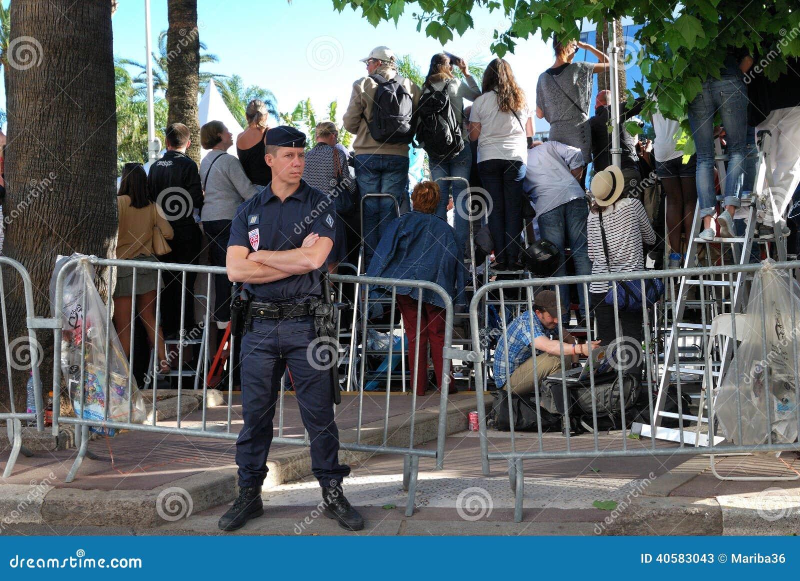 Безопасность и вентиляторы на фестивале фильмов в Канн, Франции