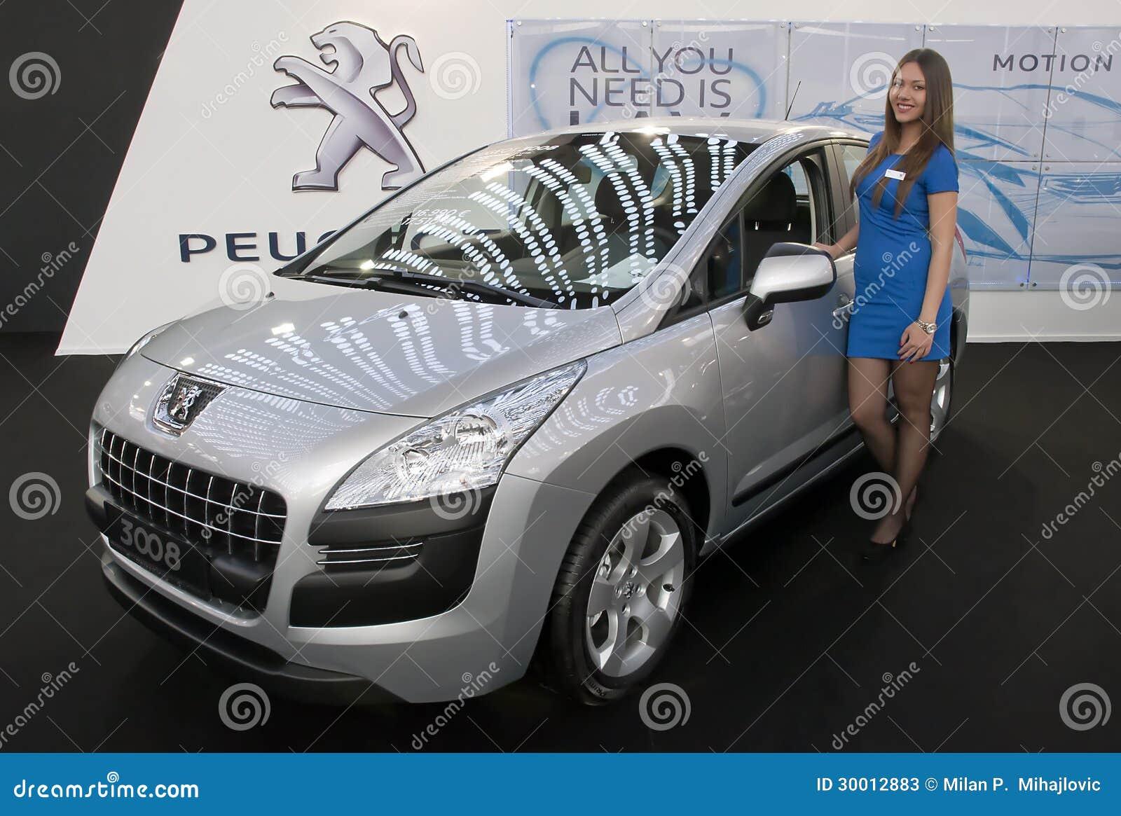 Автомобиль Пежо 3008