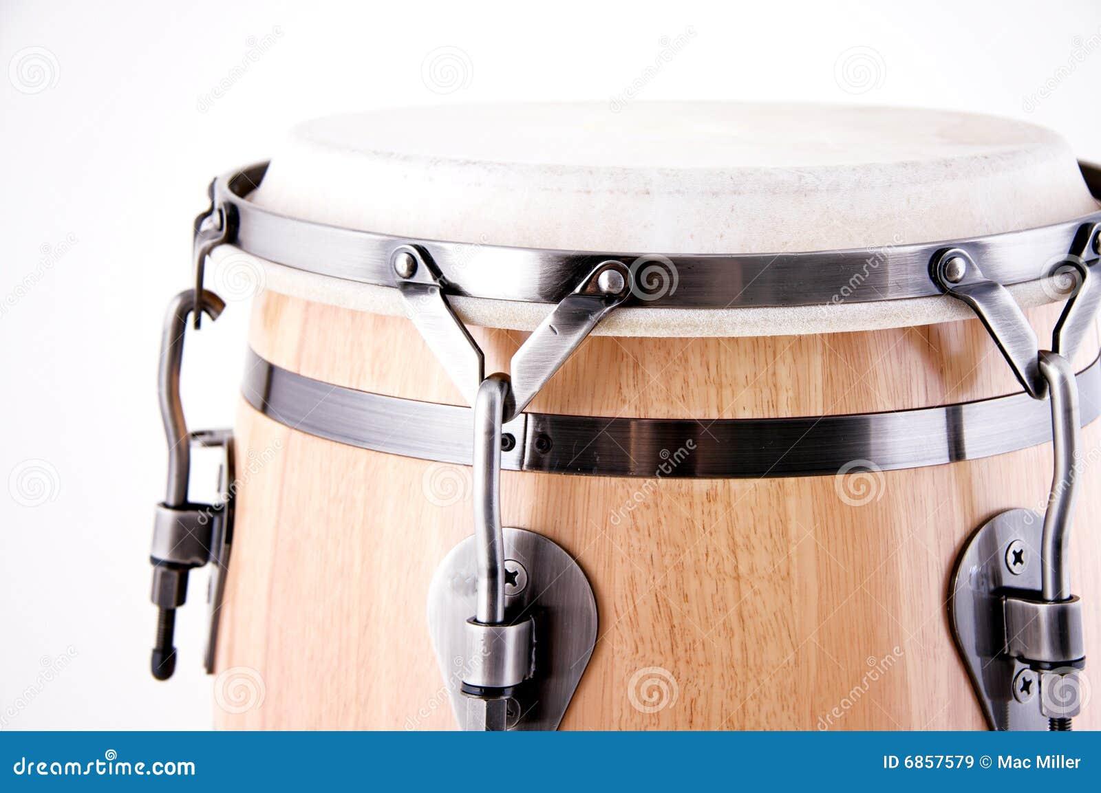 белизна барабанчика conga красная