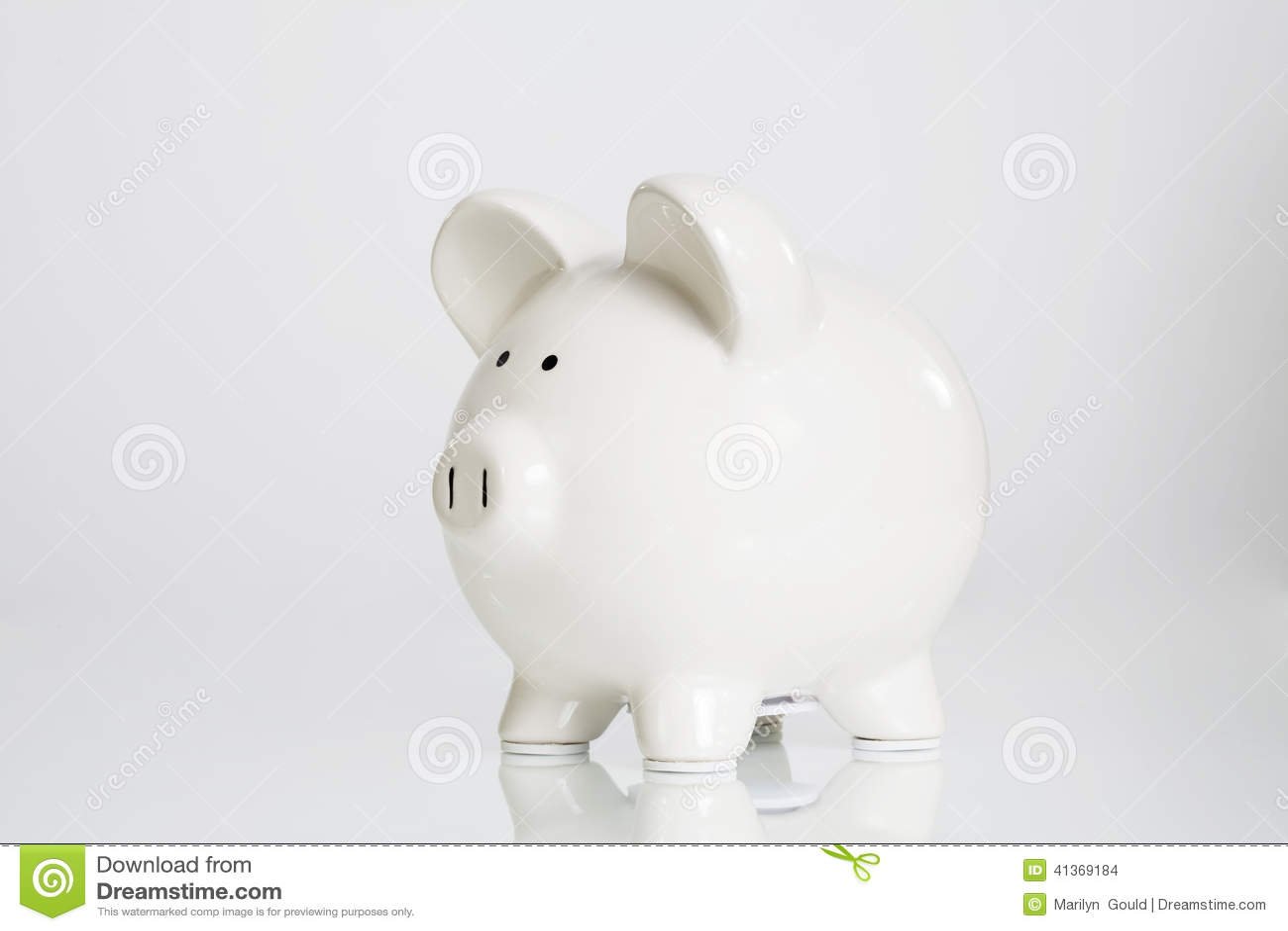 белизна банка piggy