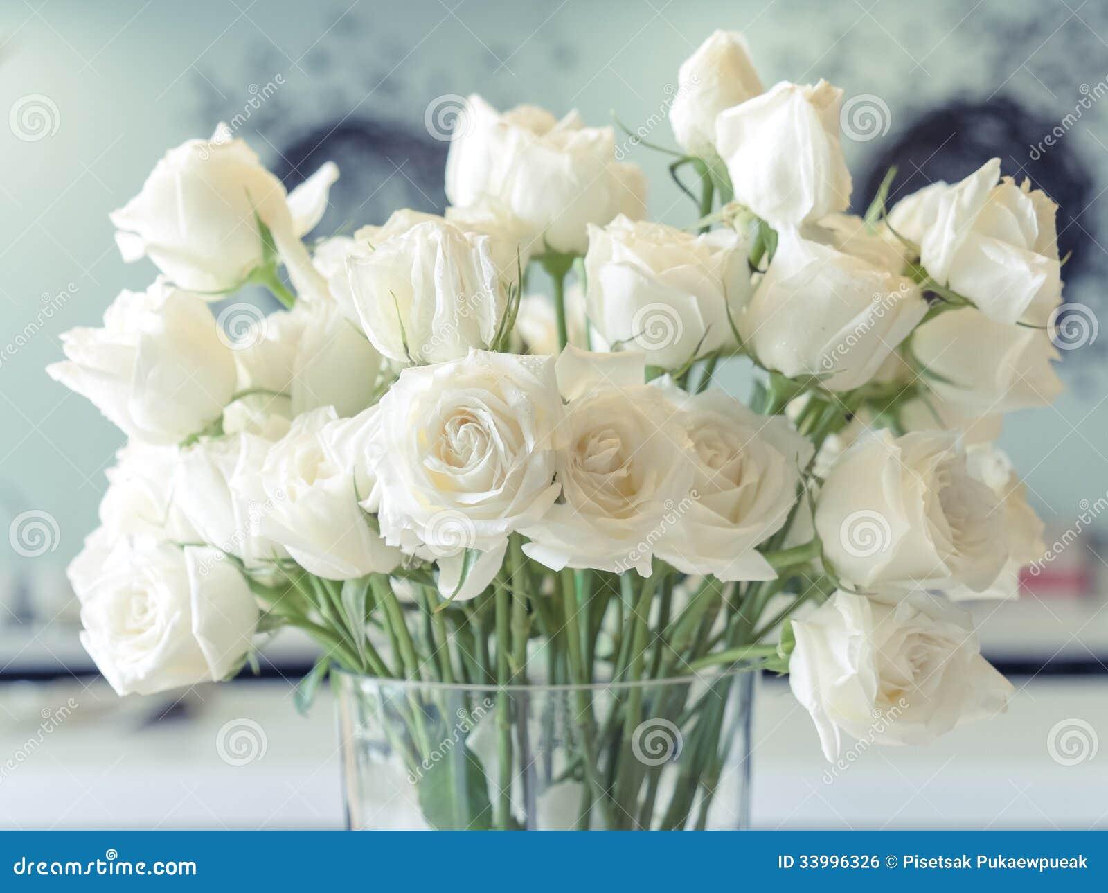 Скачать картинку розы белые