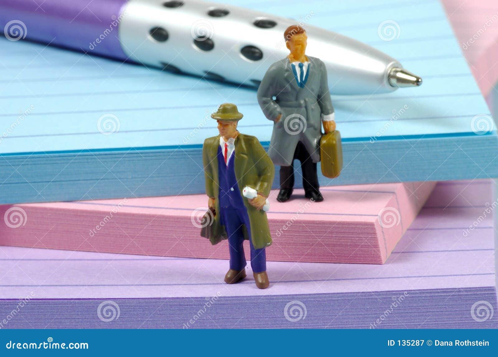 бизнесмены миниатюрные