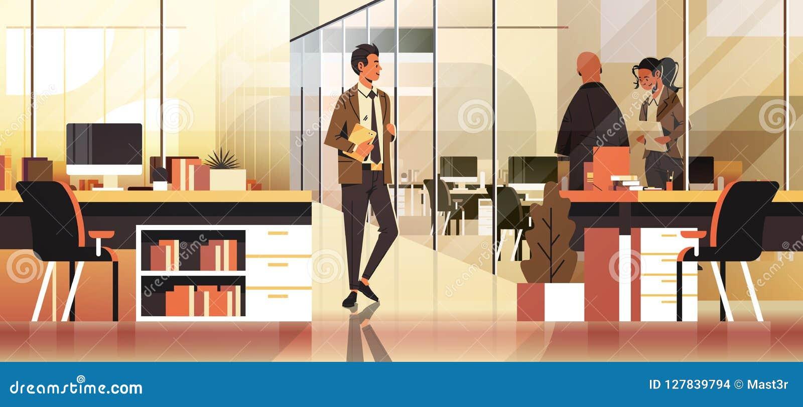 Бизнесмены связывая персонаж из мультфильма внутреннего творческого рабочего места офиса концепции современный coworking мужской