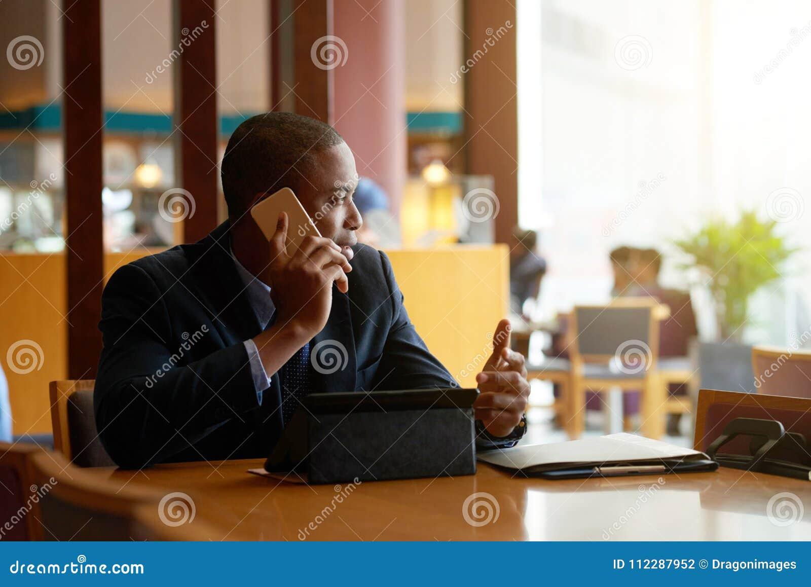 бизнесмен вызывать