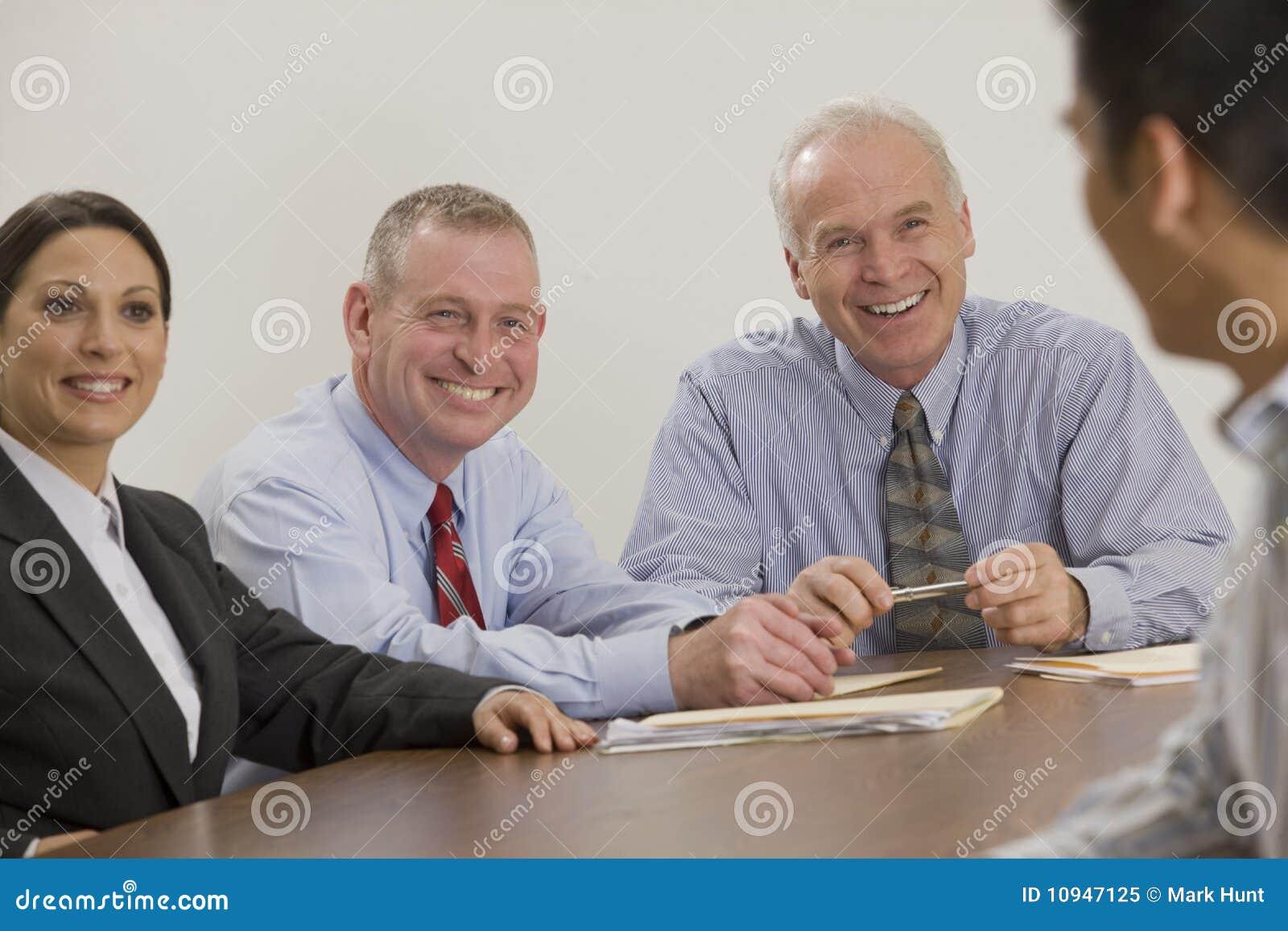 бизнесмен его команда