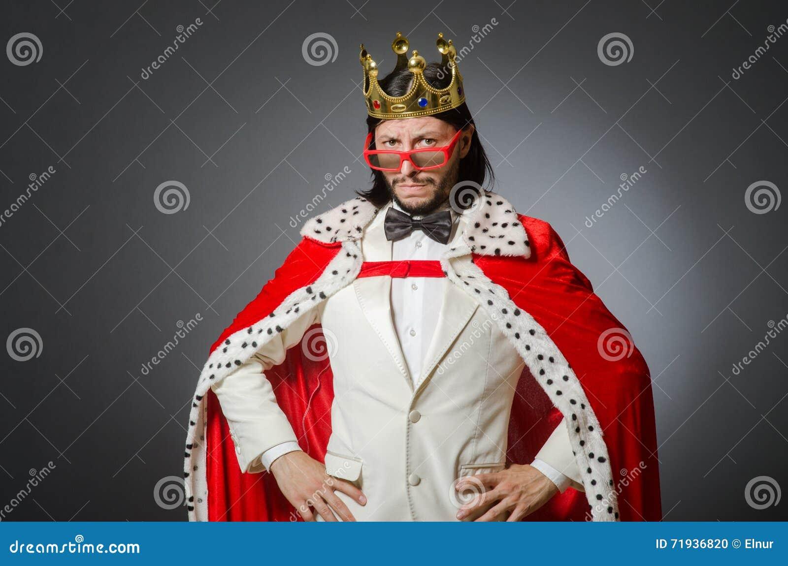 Бизнесмен короля в королевской концепции дела
