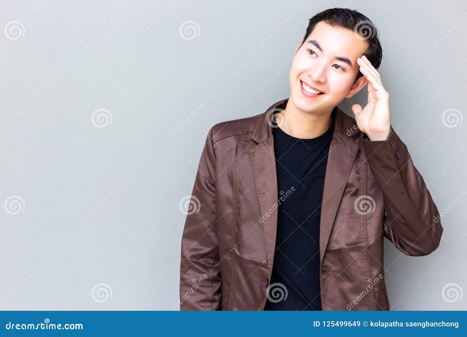 Бизнесмен портрета очаровательный красивый молодой Привлекательное handsom