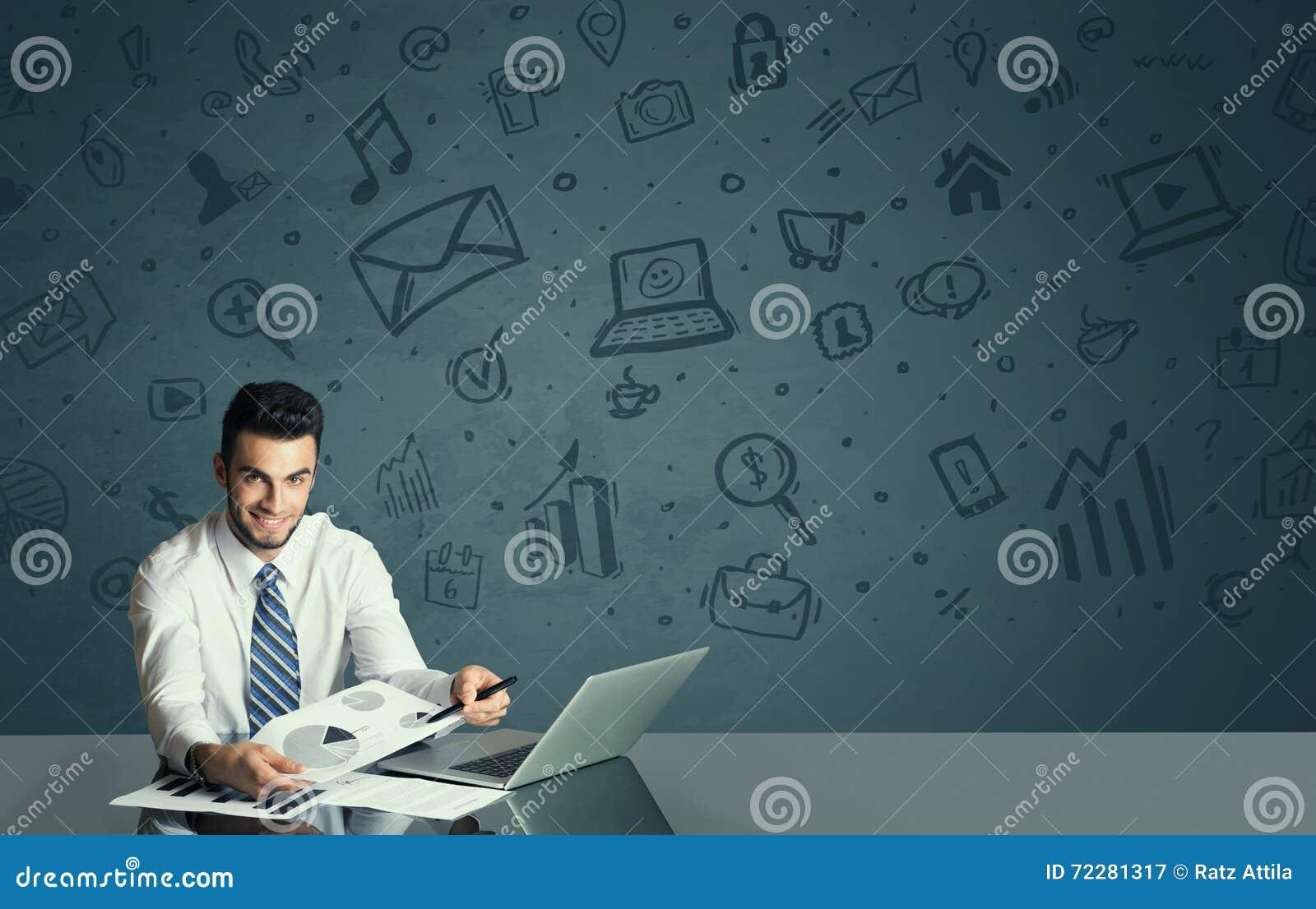 Download Бизнесмен с предпосылкой значков средств массовой информации Стоковое Изображение - изображение насчитывающей конструкция, компьтер: 72281317