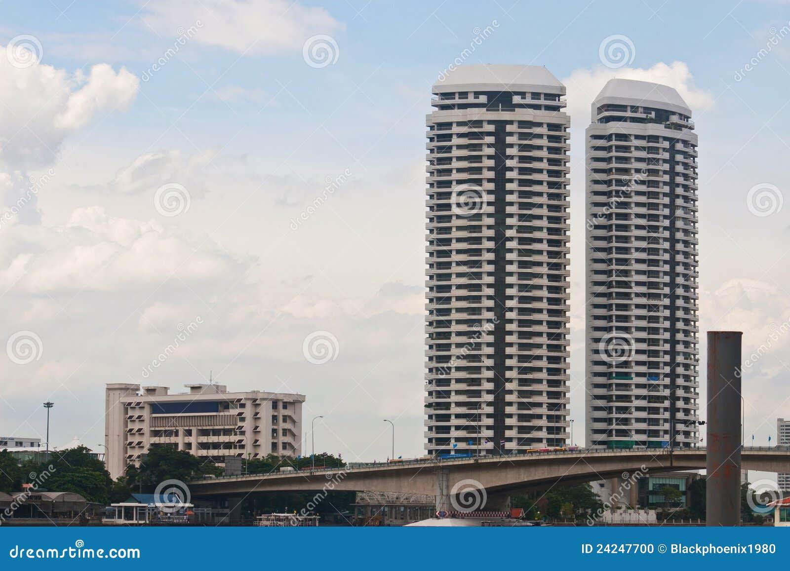 близнец hight здания