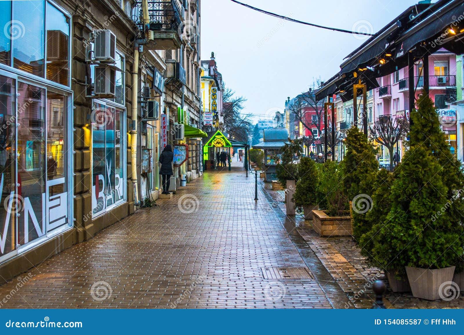 Болгария, уловка, главная пешеходная улица