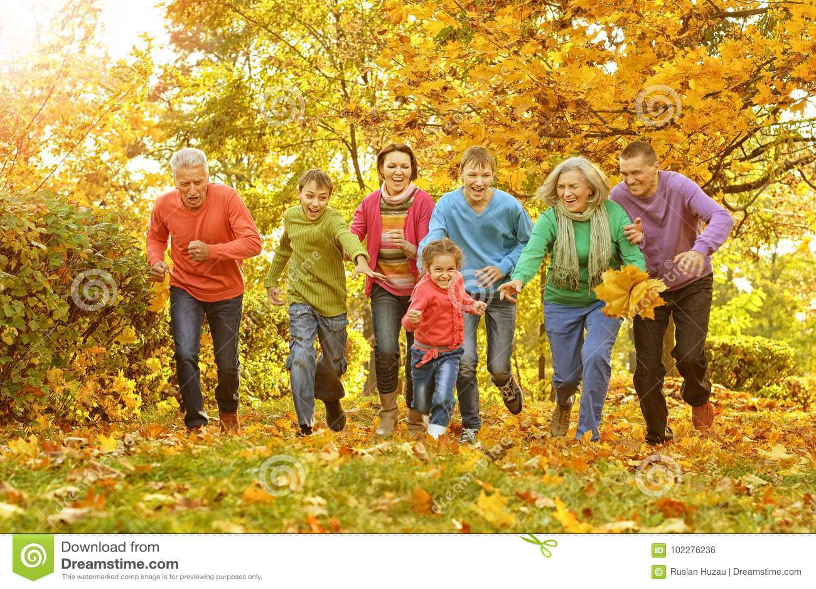 Большая семья имея потеху