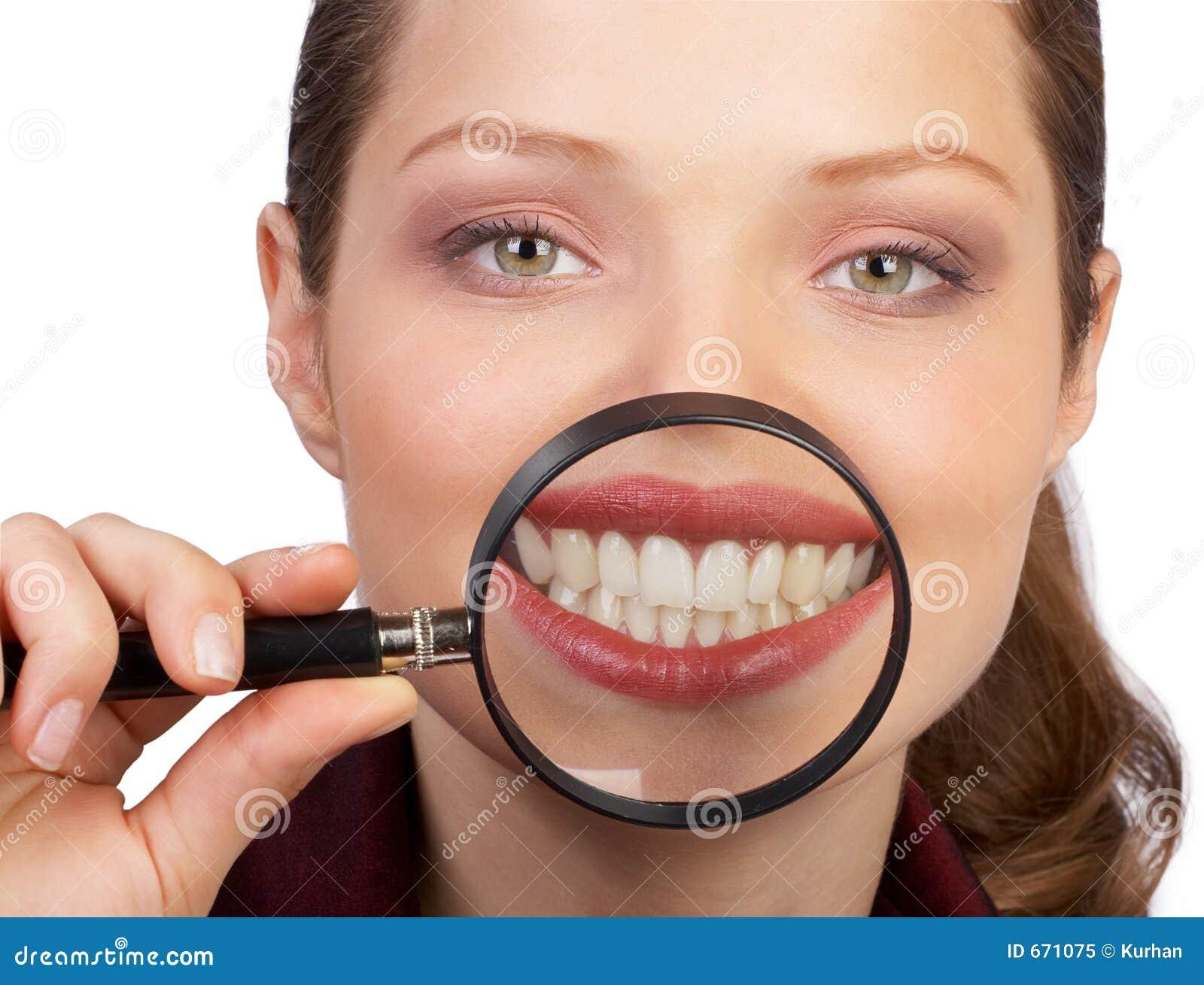 большие здоровые зубы