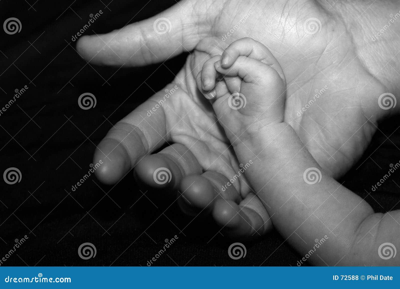 большие руки малые