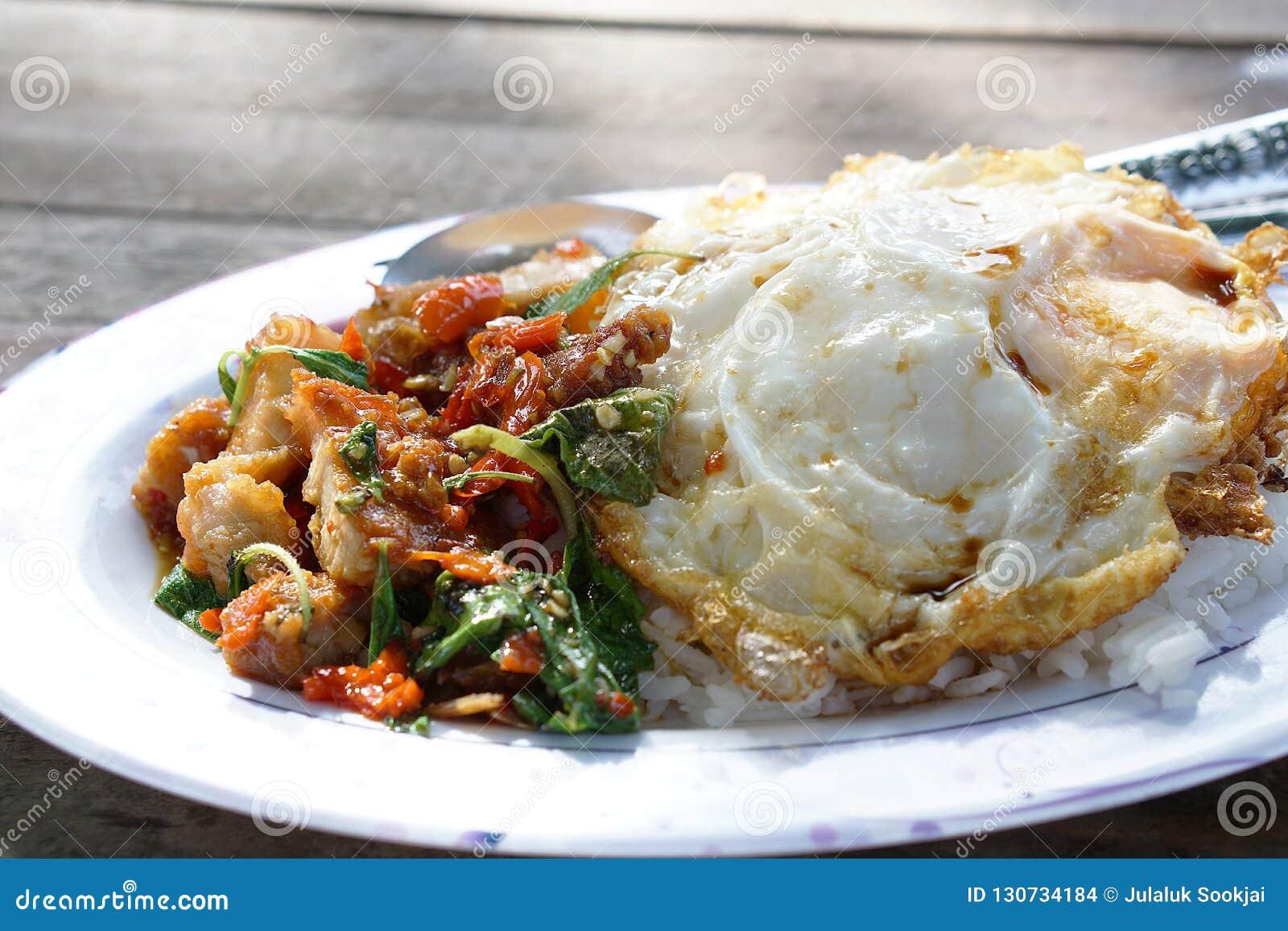 Большинств популярная тайская еда